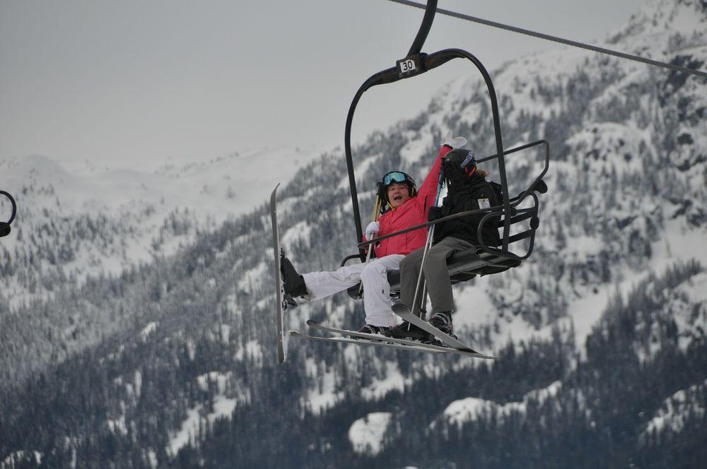 skiing-274730_1920