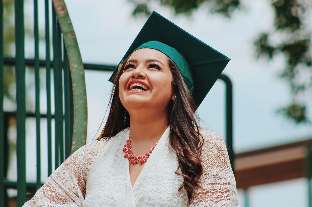 Immigrant students graduating in Canada