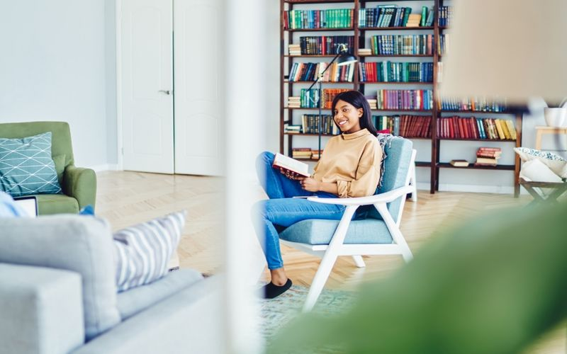 Already enrolled or thinking of studying in Canada? Finding a place to stay can be tough! Here is our guide to finding the perfect student accommodation.