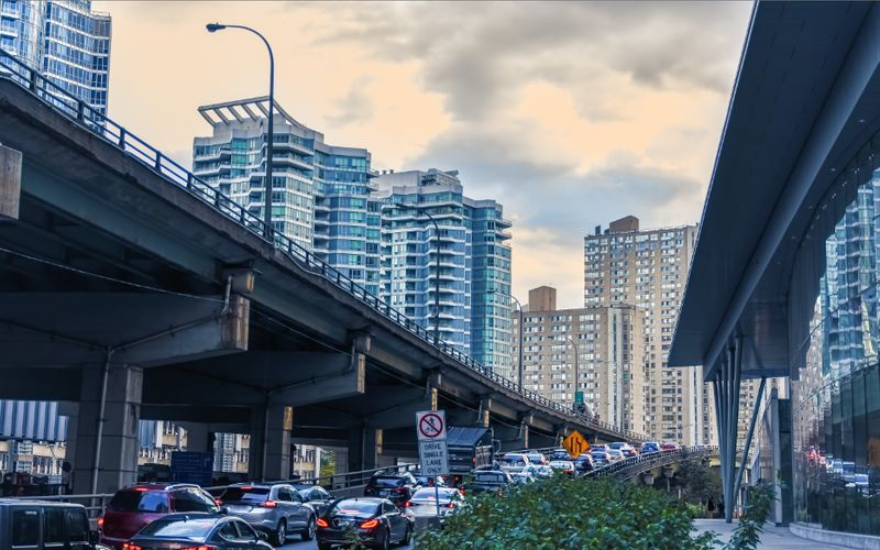 Canada immigration levels plan for 2020-2022. Find out how you can be one of the 1-million new residents to immigrate to Canada in the next 3 years.