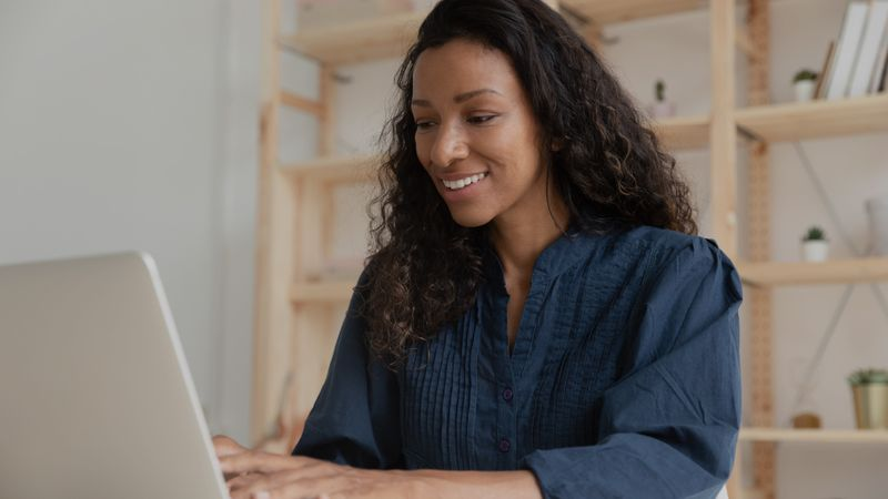 The Express Entry system is one of the fastest ways to move to Canada and get Canadian permanent residency. Take a look at how and when to update your profile.
