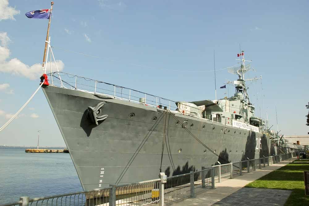 HCMS Haida belonged to Canadian Navy in WW2