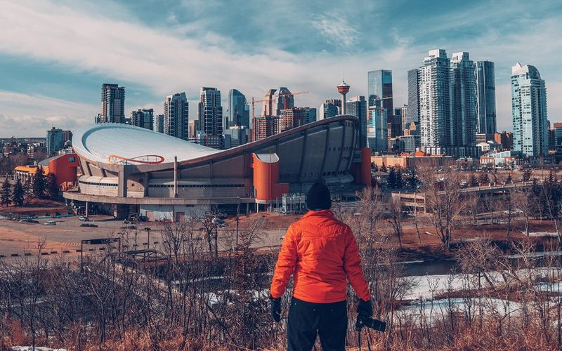 With a record high immigration target set by the Canadian government for this year, we present to you the best immigration pathways to Canada in 2021.