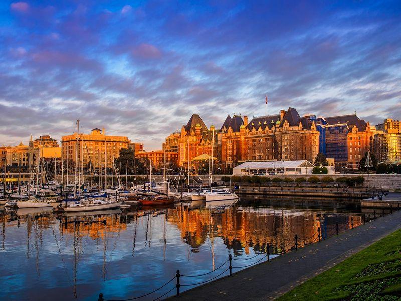 Beautiful Autumn colors-get your Canada Visa