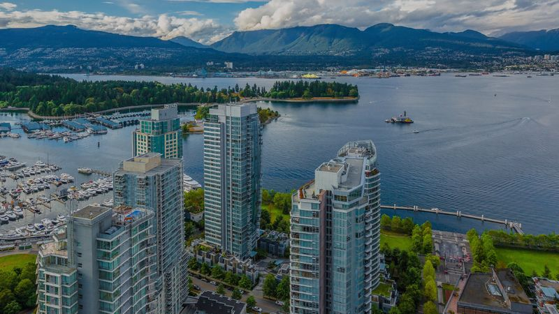 How much money do you need to live in Canada? Get answers to your questions and find out about the cost of living in Canada here.