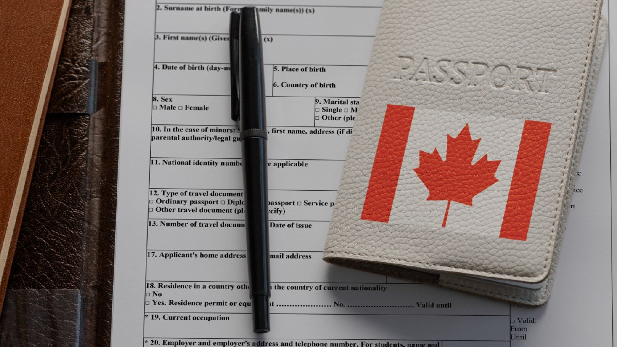 Discover how to get a Canadian work permit from Malaysia and earn competitive salaries. Most experienced workers make up to $90,714 per year!