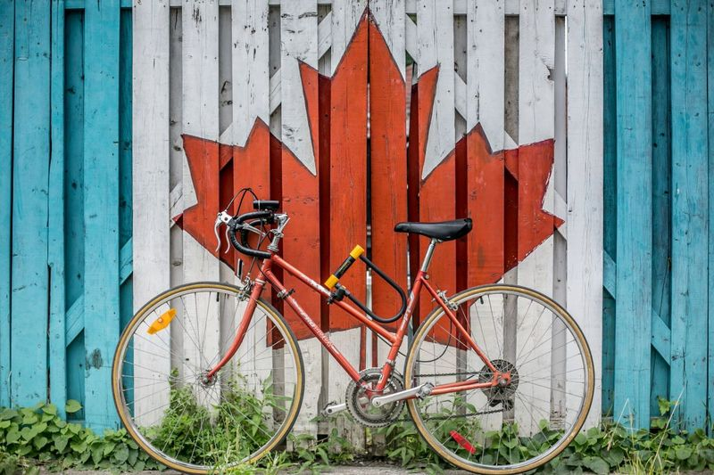 Canadian-Bicycle-Maple-Leaf