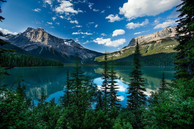 Emerald Lake British Columbia | migrate to Canada