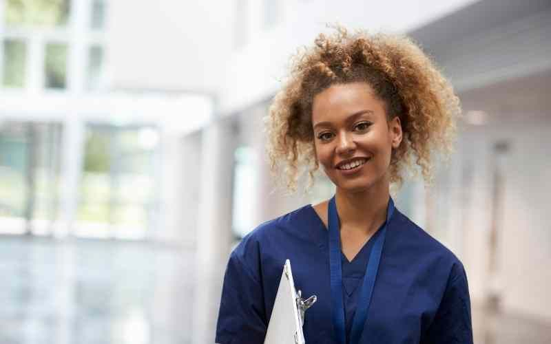 Move to Canada as a nurse through one of these 4 immigration programs. Keep reading to find out more.