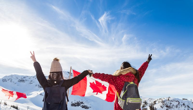 The top 5 reasons to Immigrate from the United Arab Emirates to Canada. If you are looking for a change, this is where to start!