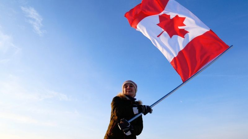 Canada Express Entry Draw 15 November invites yet another 3,900 people to become permanent residents of the country