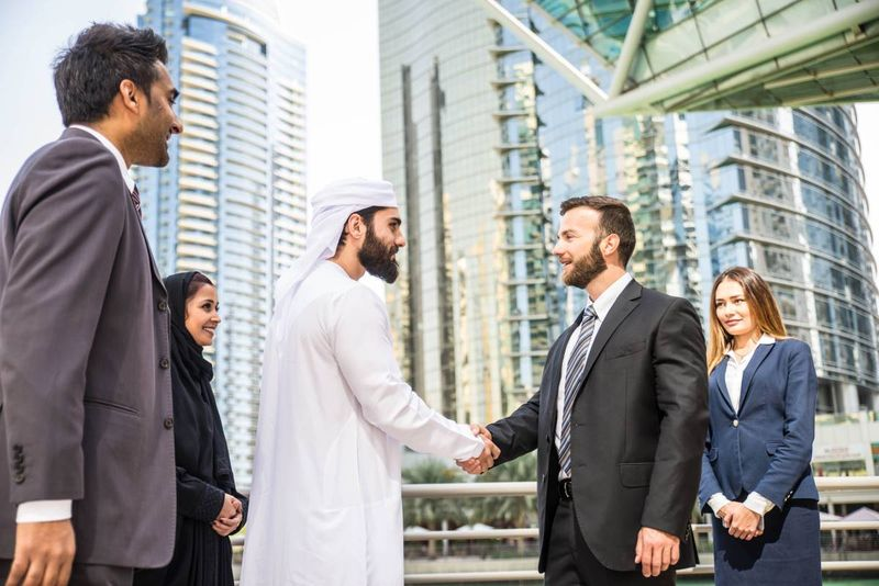 jobs in Canada for UAE professionals | immigrate to Canada