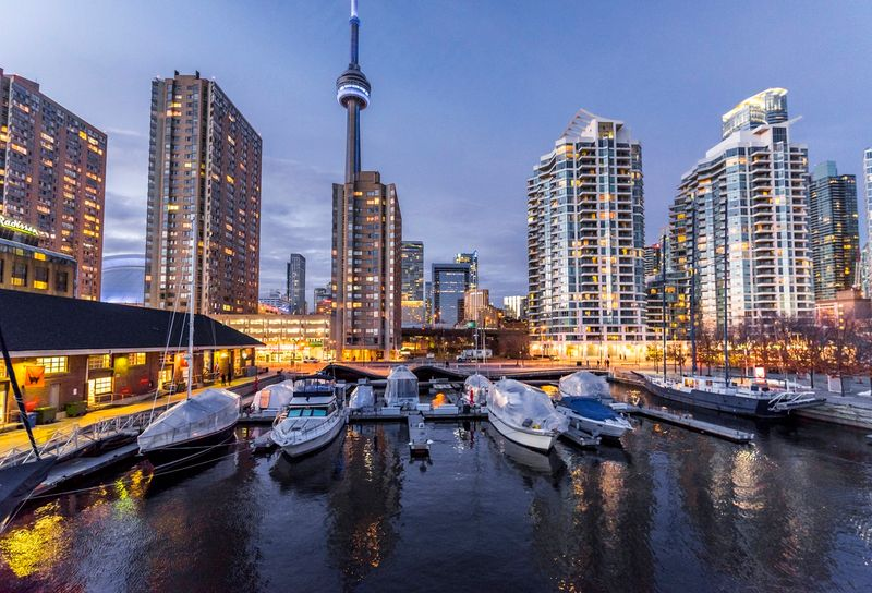 Immigrate to Canada and have the opportunity to earn a high average household income of between $73, 960 to $104, 410 in some the wealthiest cities in the world.