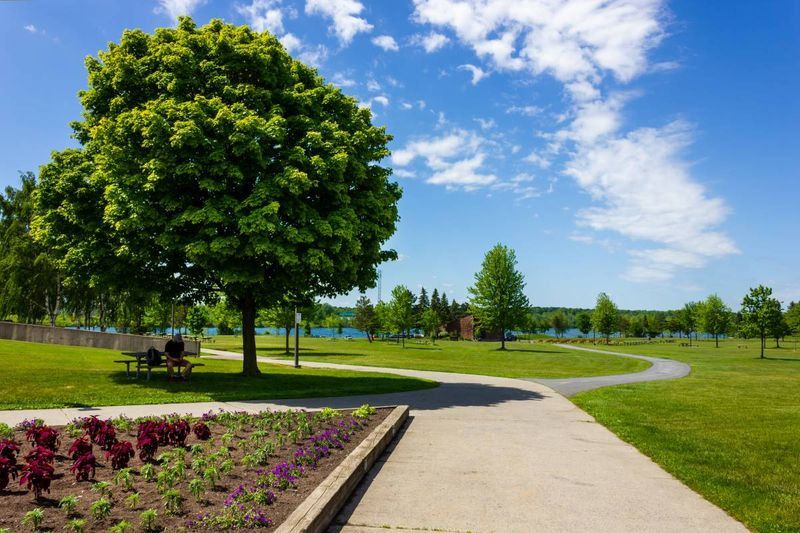Lamoureux Park Cornwall Ontario Canada  immigrate to Canada