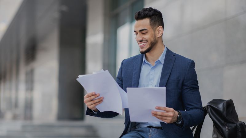 Buy a Canadian business and move to Canada in 2021 to make your entrepreneurial dreams come true. Find out more about how to do it right here.