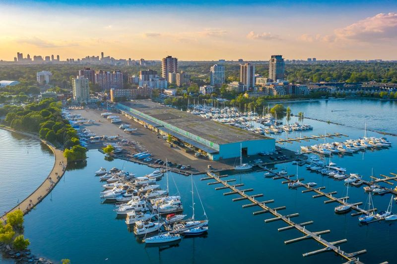 Port-Credit-in-the-spring-in-Mississauga | settle in Canada