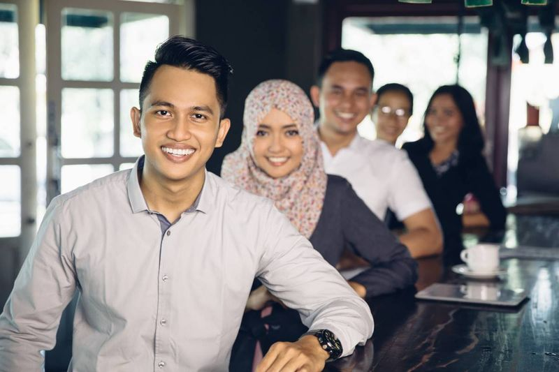 Want to know how to apply for a Canadian visa from Malaysia as well as how amazing your life could be in Canada's Malay community? Keep reading to find out!