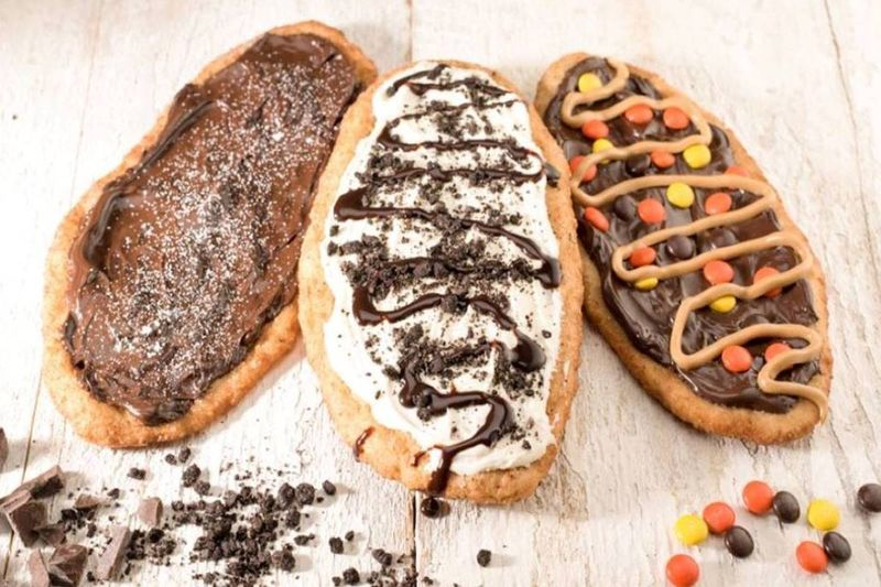 Beavertails pastry   live and work in Canada