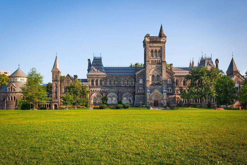 university of toronto   study in Canada