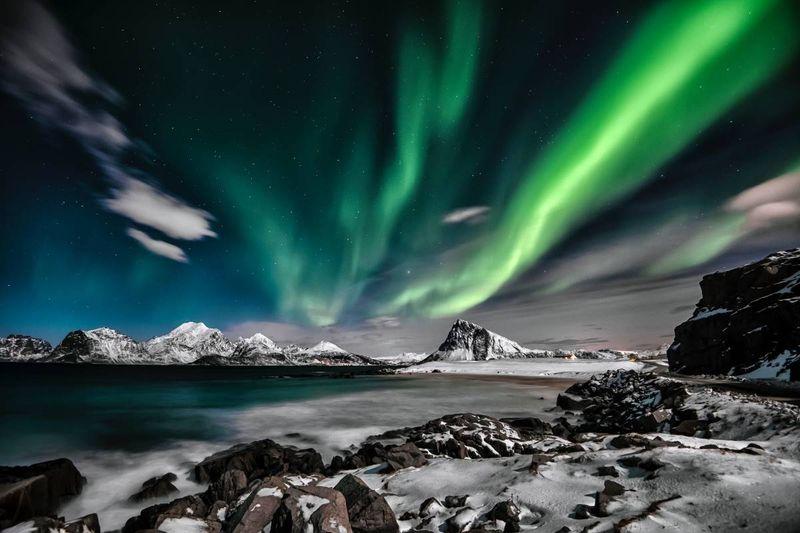 arctic aurora borealis northwest territories Canada