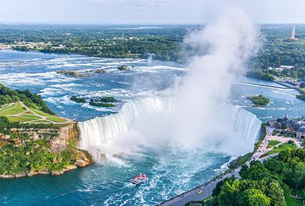 boat rides at Niagara falls