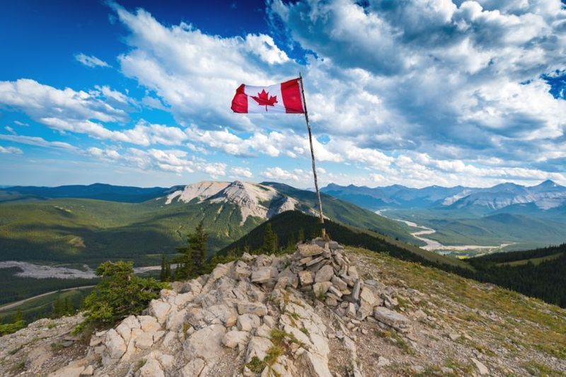 canadian flag onto summit