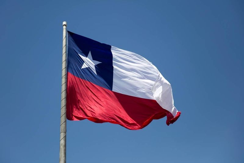 Move to Canada and earn up top dollar when you immigrate from Chile