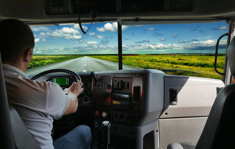 How to move to Canada as a truck driver