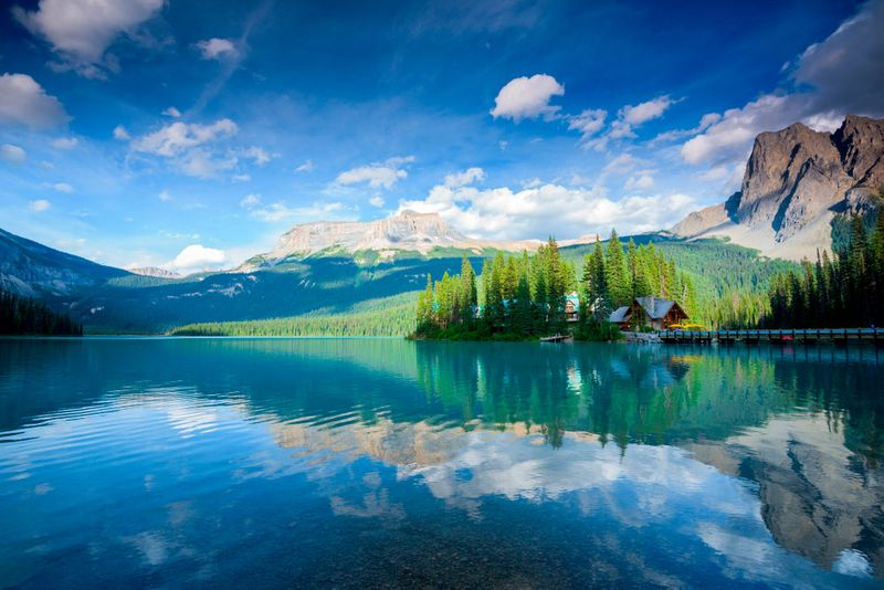 The Self-Employed Farmer stream will allow you to immigrate to Alberta and live in stunning nature like the Emerald lake.