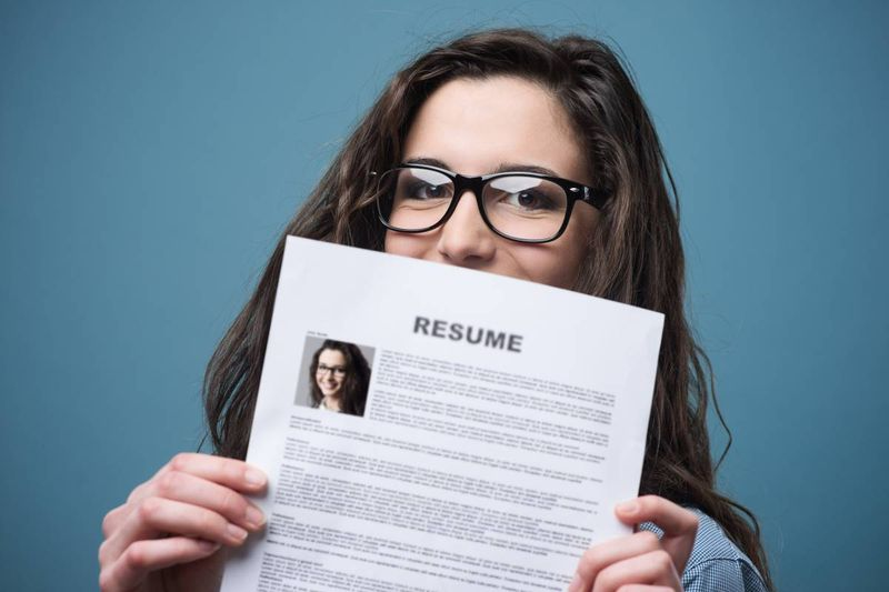 A resume is your professional spokesperson. What is it saying about you? And how can you improve your resume to draw the attention of Canadian employers? In this article, we share top tips to improve your resume and find work in Canada in no time!