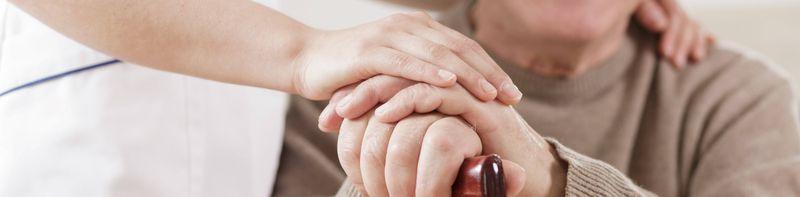 البرامج التجريبية لمقدمي الرعاية المنزلية