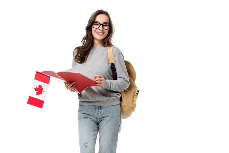 Discover how to immigrate to Canada from Ghana with qualified RCICs and a professional Canadian immigration process.