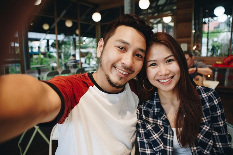 Ready to find out how to immigrate from Malaysia to Canada? Here's all you need to know about the Canadian visa programs, biometrics, doctor examinations, and more.