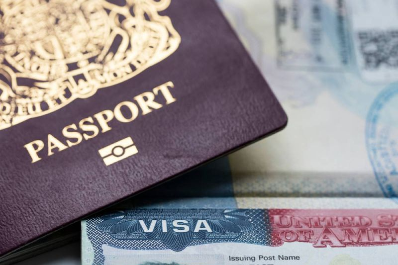 passport and visa | immigrate to Canada