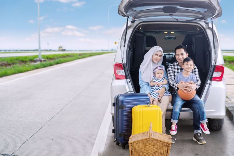 Muslim Family in a car, Immigrate to Canada
