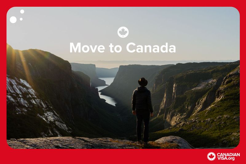 Is it easy to find a job in Canada? What are the benefits of living in it? This list of 11 things to know before moving to Canada will help answer these questions and more.