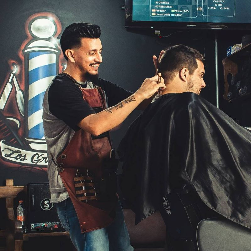 Move to Canada as a barber and get permanent residency in Canada. Keep reading to find out how.