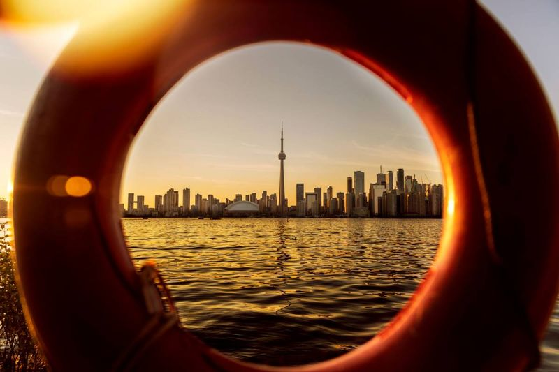 Thousand of people move to Canada each month, have a look at the top reasons to Immigrate from Qatar to Canada in 2020.