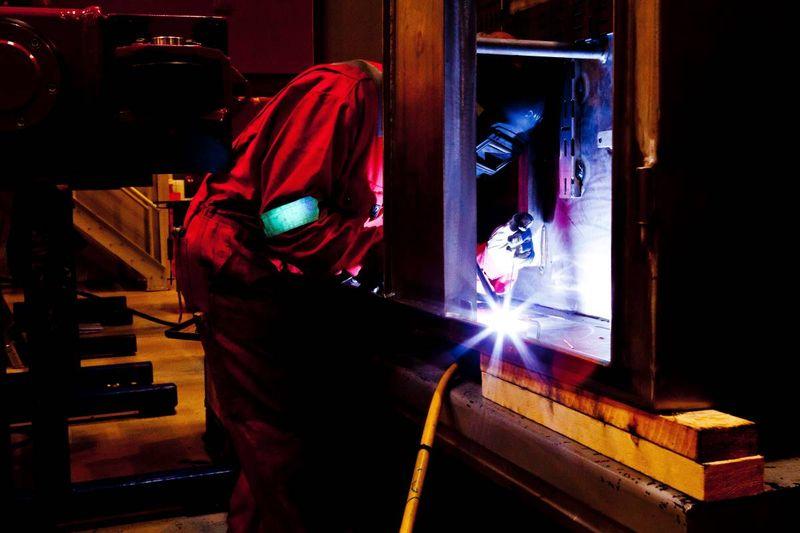welder in Canadian workshop | migrate to Canada