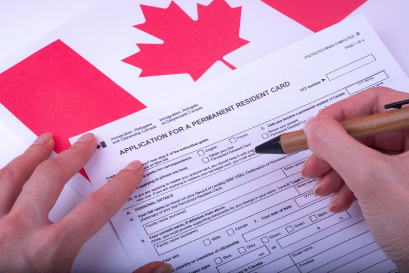 Wondering how to get Canadian PR (permanent residence) in 2019? We know the best routes. Find out if you qualify for them, using our quick 5-minute online evaluation.